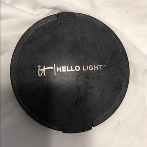 IT cosmetics hello light
